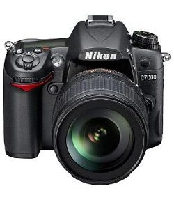 nikon-d7000-with-18-105mm-lens-dslr-camera-medium_d7c24b2936f9fd66e7d5609723f57819