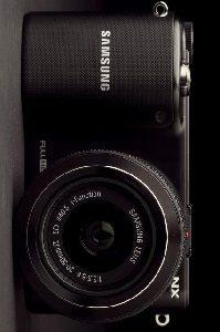 samsung-nx2000-camera-front-640x426-c
